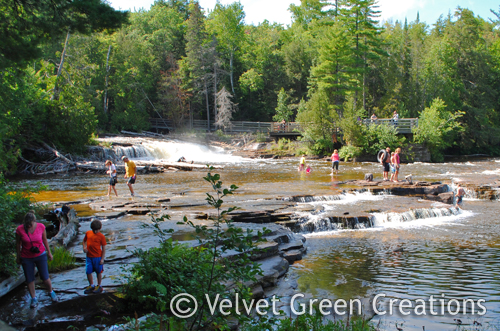 Cabins Near Tahquamenon Falls Of Curtis Michigan Attractions Upper Peninsula Attractions
